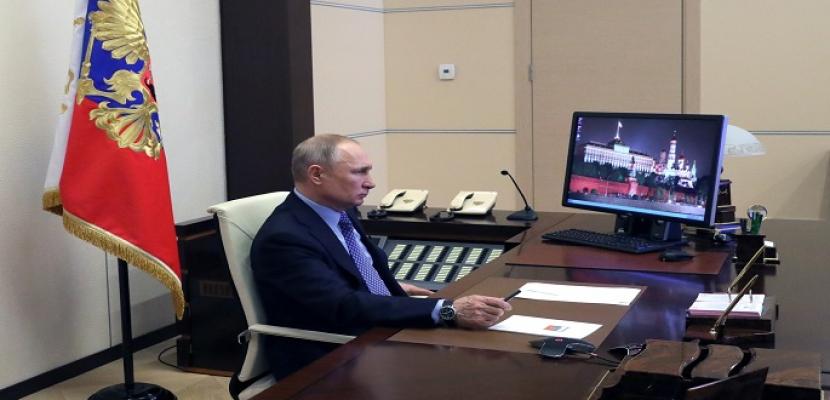 بوتين: ما تشهده سوق النفط العالمية لم يحدث من قبل