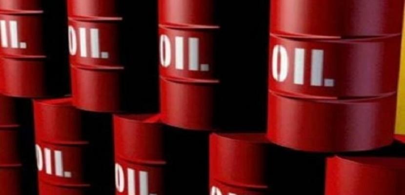 أسعار النفط تهبط مع تنامي التوتر بين الصين وأمريكا