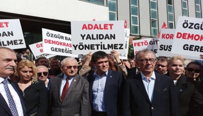 """المعارضة التركية تحمل أردوغان """"عار"""" ملاحقة الصحفيين"""