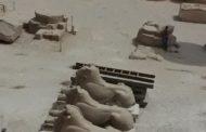 الآثار: ترميم تماثيل الكباش الموجودة خلف الصرح الأول بمعبد الكرنك بالأقصر