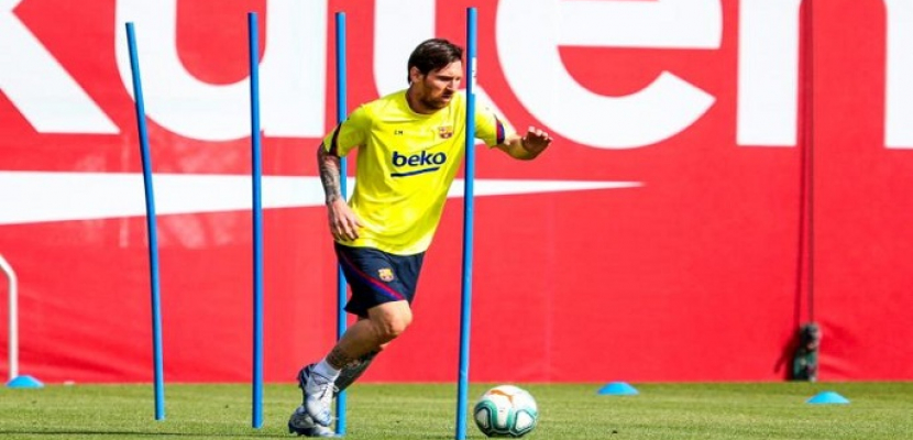 لاعبو برشلونة يعودون للتدريبات بعد اختبارات سلبية لفيروس كورونا