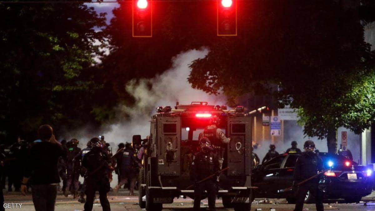 الشرطة تعتقل الآلاف منذ بدء الاحتجاجات على مقتل فلويد