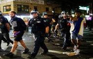 توجيه اتهامات لضباط شرطة منيابوليس الأربعة بشأن وفاة جورج فلويد