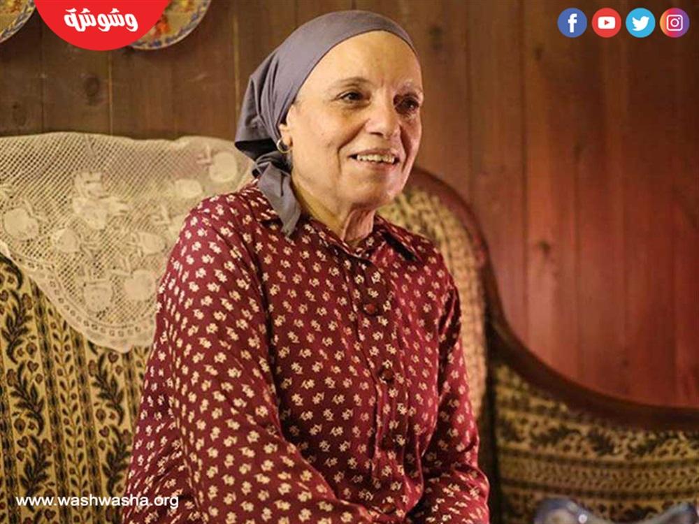 """عارفة عبدالرسول والدة محمد هنيدى فى """"النمس والإنس"""""""