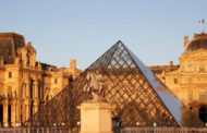 باريس تعيد افتتاح اللوفر والموناليزا تستقبل زوارها
