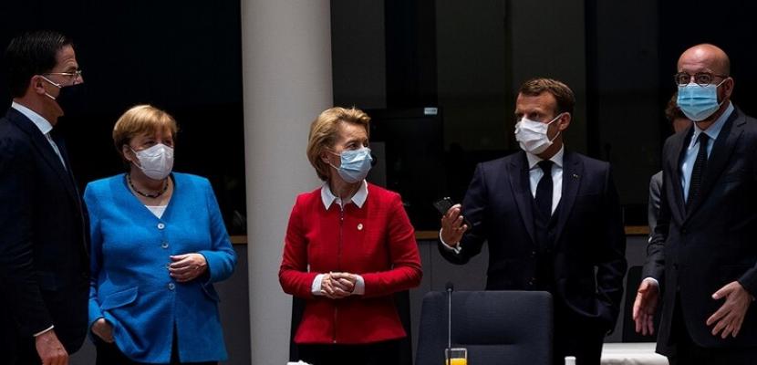 الاتحاد الأوروبي يمدد قمته في محاولة لتجاوز الخلافات بشأن خطة إنعاش الاقتصاد