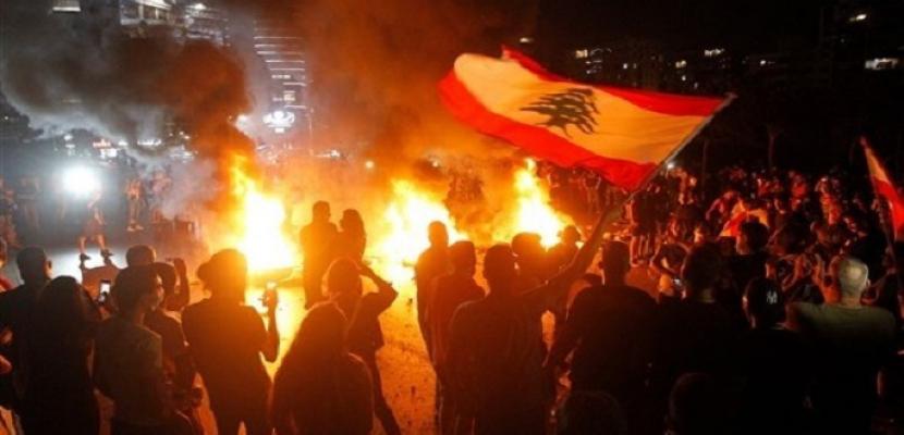 احتجاجات شعبية ليلا بلبنان بدون مواجهات مع القوى الأمنية