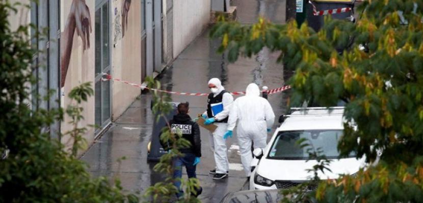 أربعة مصابين في هجوم بسكين في باريس.. والقبض على اثنين من المشتبه بهم