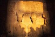 """الاثنين.. أشعة الشمس تتعامد على وجه رمسيس الثاني بـ""""أبوسمبل"""""""