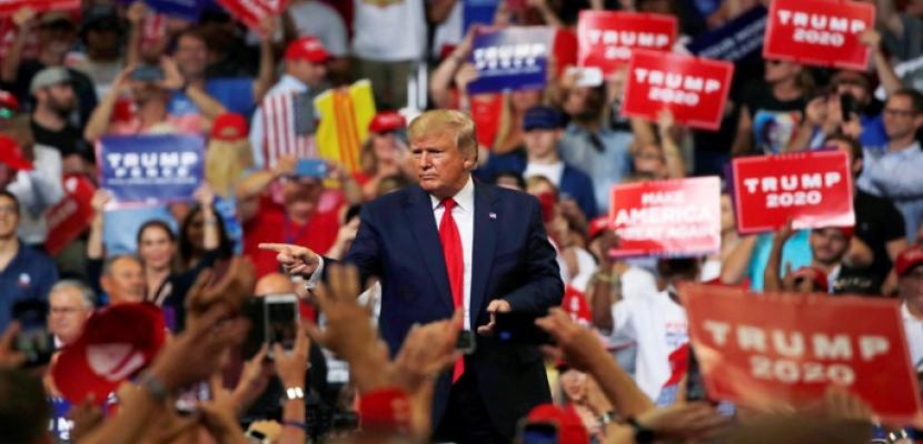 ترامب يشكك في صحة التصويت بالبريد .. وموقع حملته الالكترونى يتعرض للهجوم