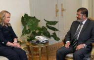 رسائل كلينتون تكشف عن لقاءات مكثفة مع الإخوان في مصر