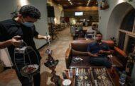 روسيا تفرض قيودا مشددة على تدخين الشيشة