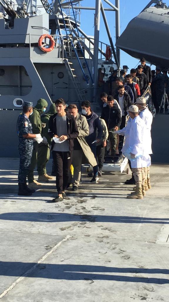 القوات البحرية المصرية تنقذ مركب يرفع العلم التركي في عمق البحر المتوسط
