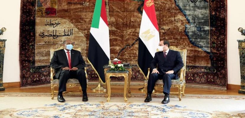 خلال لقائه البرهان.. الرئيس السيسي يؤكد مساندة مصر لإرادة القيادة السياسية بالسودان في صياغة مستقبل بلادهم
