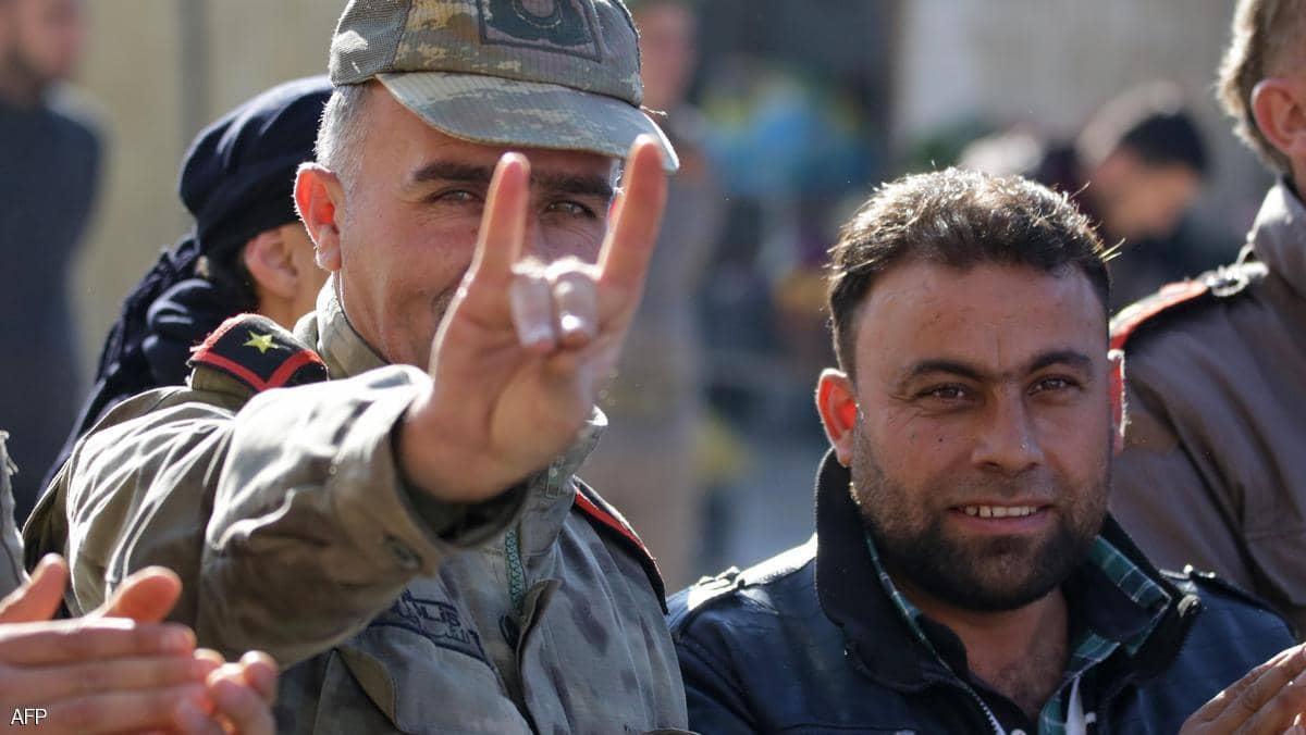"""فرنسا ستحل حركة """"الذئاب الرمادية"""" التركية المتطرفة"""