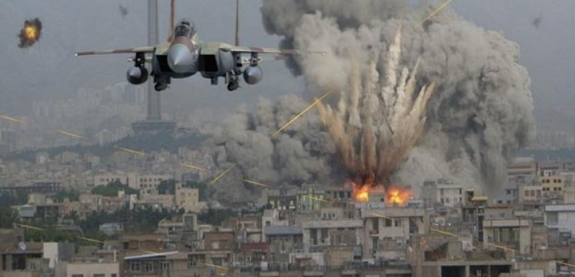 مقتل 19 مسلحا من عناصر الميليشيات في ضربات جوية شرقي سوريا