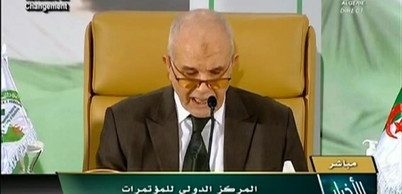 الجزائريون يوافقون على التعديلات الدستورية بنسبة 66.8 %