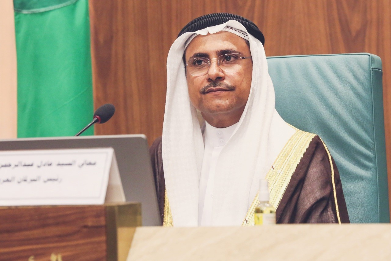 رئيس البرلمان العربي يرفض قرار البرلمان الأوروبي بشأن حالة حقوق الإنسان في مصر
