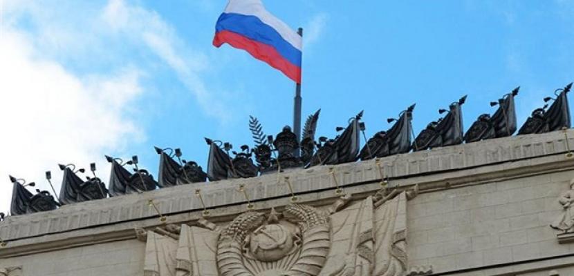 الخارجية الروسية: موسكو لم تتلق أي اقتراحات من الجانب الأمريكي بشأن تبادل السجناء