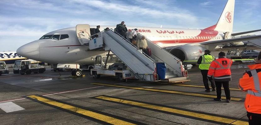 الجزائر تعلق رحلات إجلاء مواطنيها من بريطانيا بسبب السلالة الجديدة لفيروس كورونا