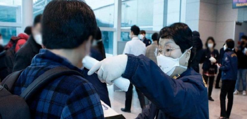 اليابان تعلن رصد سلالة جديدة من فيروس كورونا لدى عشرات المصابين بالبلاد