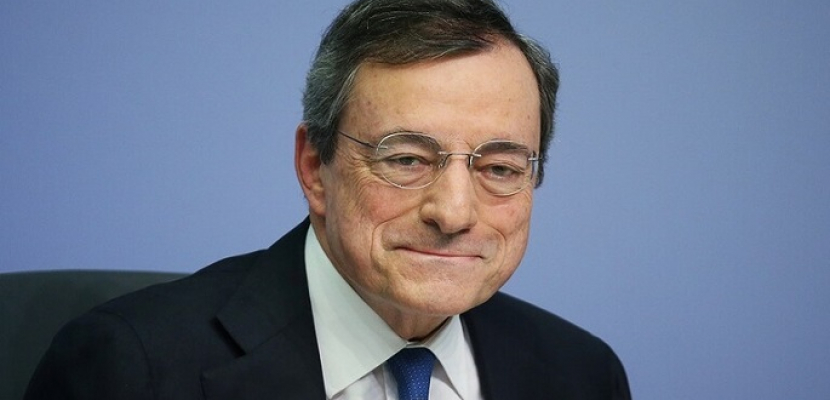 الرئيس الإيطالي يلتقي اليوم ماريو دراجي وسط توقعات بتكليفه تشكيل الحكومة