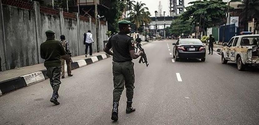 فقدان أكثر من 300 طالبة إثر مداهمة مسلحون لمدرسة شمال غربي نيجيريا