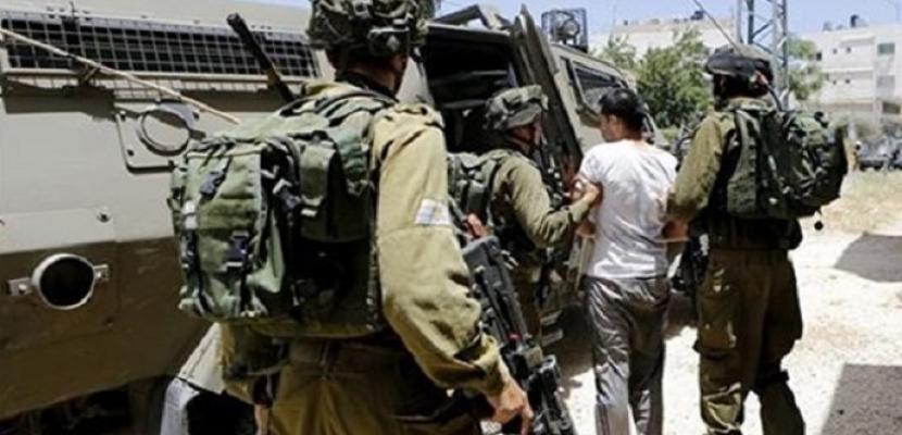 """الاحتلال الإسرائيلي يحتجز طاقم تليفزيون فلسطين بمنطقة """"عين البيضا"""" جنوب الخليل"""