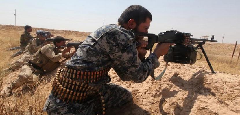 """اشتباكات بين القوات العراقية وعناصر """"إرهابية"""" على الحدود مع سوريا"""