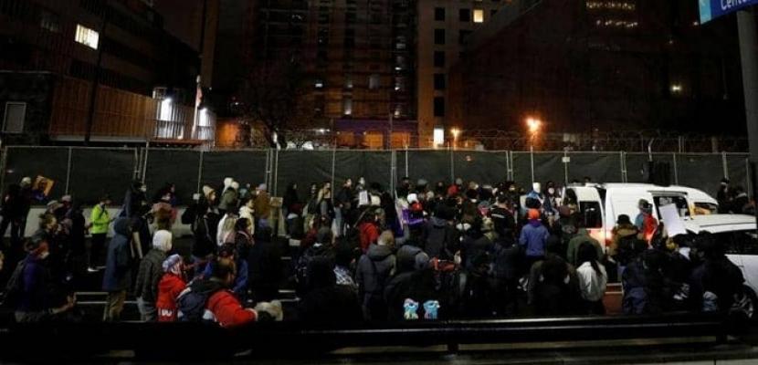 احتجاجات عارمة فى ولاية مينيسوتا بعد حادث قتل جديد لشاب من أصل افريقي على يد الشرطة الأمريكية