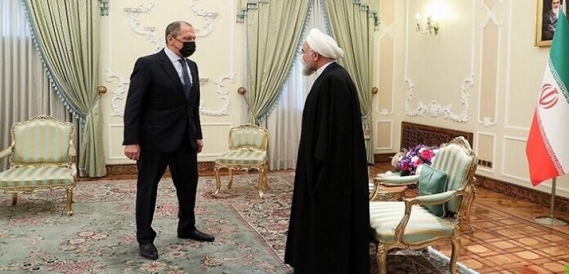 خلال لقائه روحاني.. لافروف: لا قيود على التعاون مع إيران.. ومستعدون للوساطة بين واشنطن وطهران