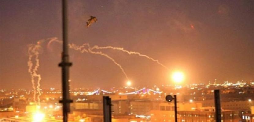 الأمن العراقي: لا خسائر بشرية جراء سقوط صواريخ بمحيط مطار بغداد الدولي