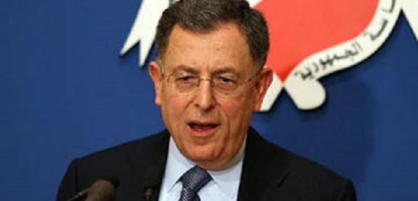 رئيس الحكومة اللبنانية الأسبق: الحريري لن يعتذر عن عدم تشكيل الحكومة اللبنانية الجديدة