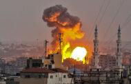 في أول هجوم منذ وقف إطلاق النار .. غارات إسرائيلية تستهدف مواقع لحماس في قطاع غزة