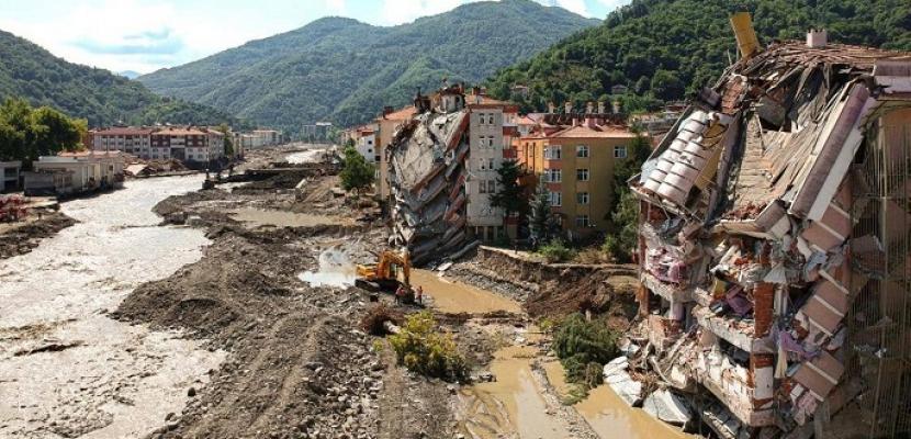 ارتفاع حصيلة ضحايا فيضانات شمال تركيا إلى 70 قتيلا و47 مفقودا