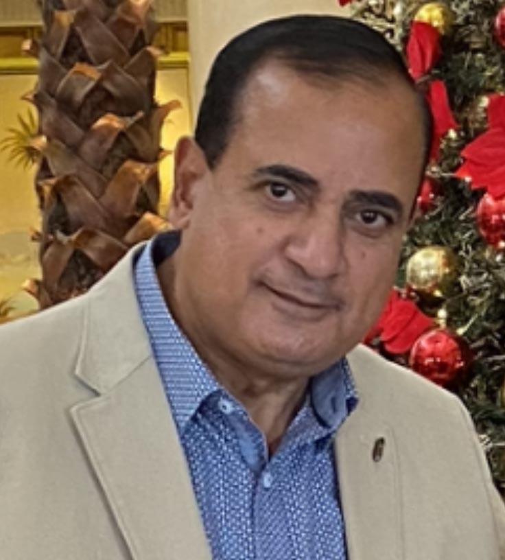 عمرو أديب … ونبتدى منين الحكاية!!
